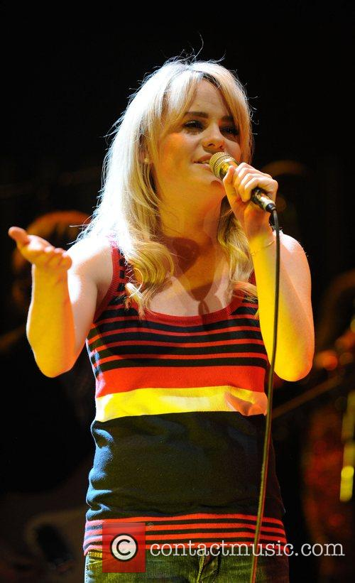 Duffy  performing at the Royal Albert Hall...