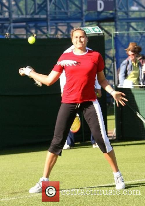 Practices before the 2007 International Womens Tennis Open...