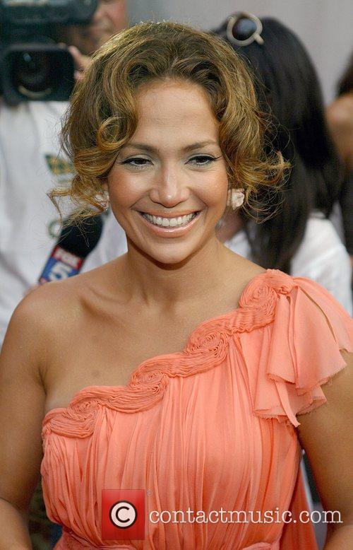 Jennifer Lopez 34