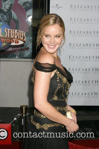 Abbie Cornish 9