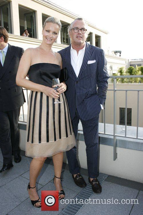 Sabine Nedelchev, Guest Elle Cocktail Closer to Fashion...