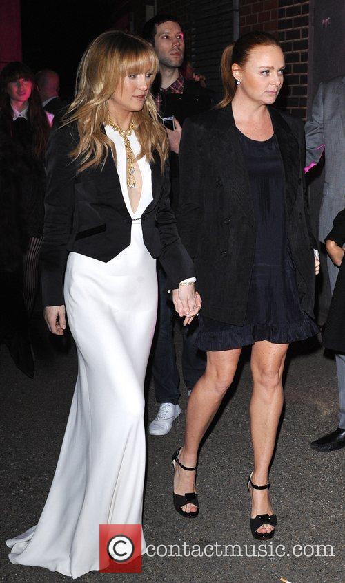 Kate Hudson and Stella McCartney 4