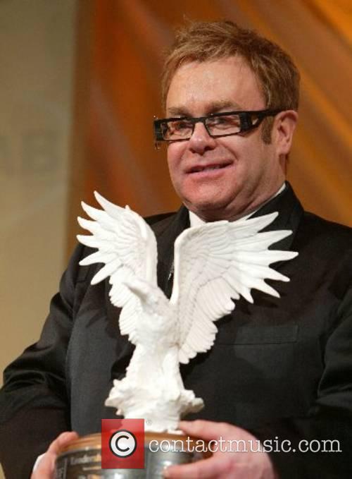 Elton John 17