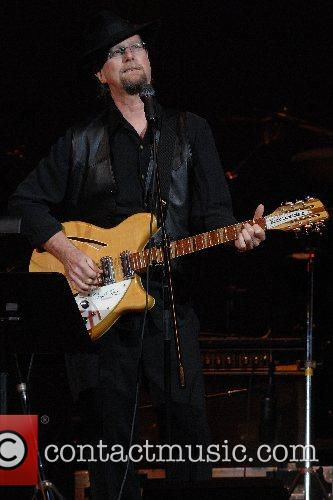 Roger McGuinn performs at the UJA-Federation of New...