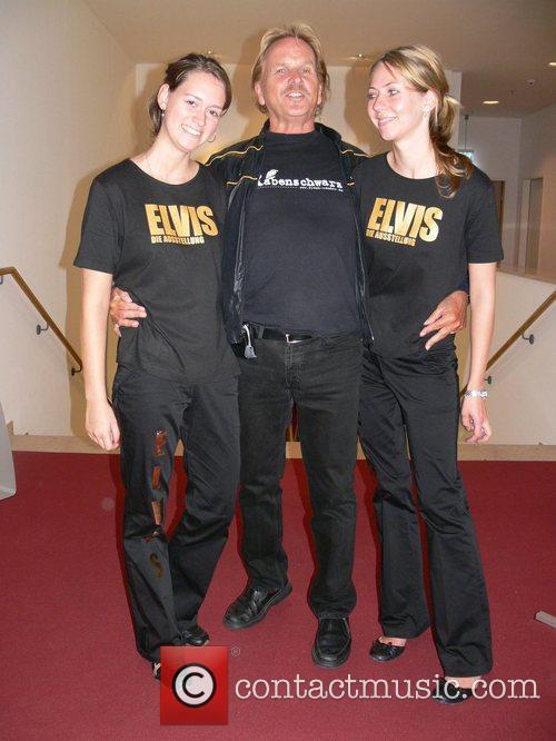 Elvis 9