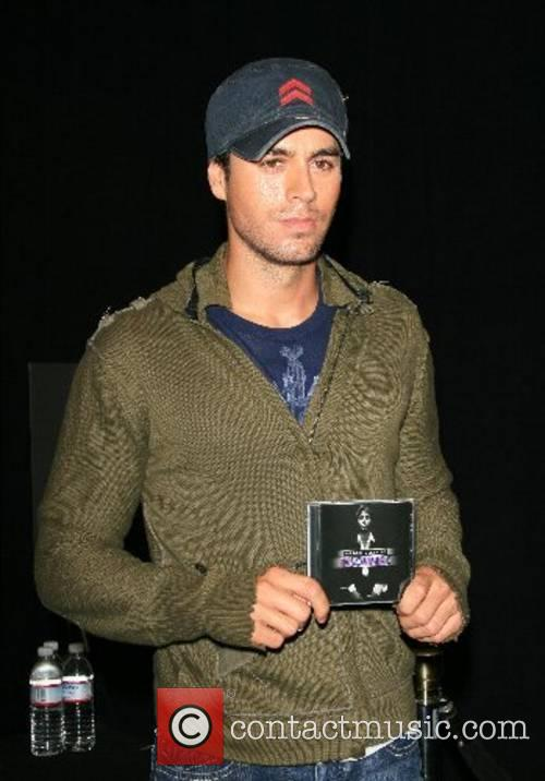 Enrique Iglesias 4