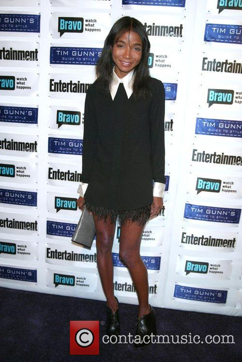 Genevieve Jones, Entertainment Weekly and Eve 2