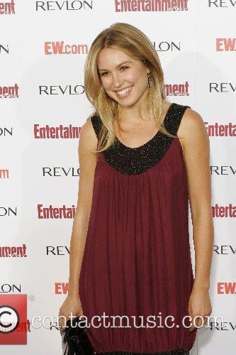 Sarah Carter and Entertainment Weekly 4