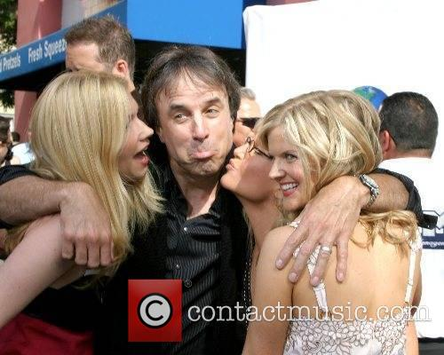 Susan Yeagley, Kevin Nealon, Rachael Harris, and Arden...