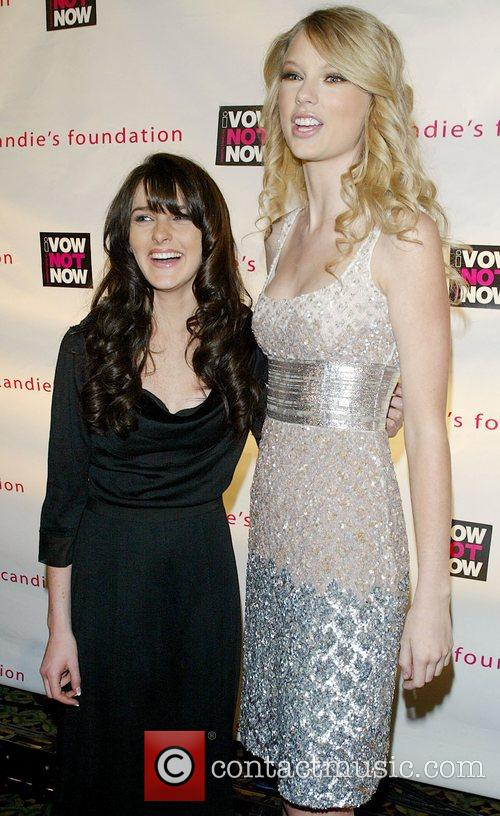 Ali Lohan and Taylor Swift 8