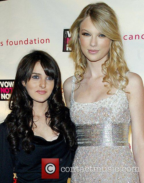 Ali Lohan and Taylor Swift 9