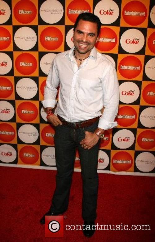 Manny Perez Entertainment Weekly 100 must list at...