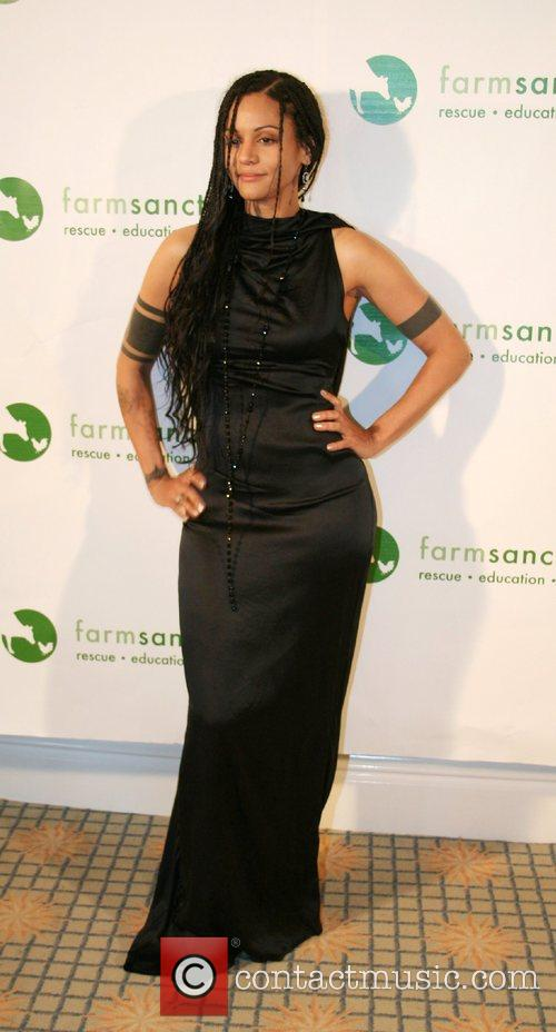 Sia - attends the Farm Sanctuary Gala 2007 at the Beverly ...