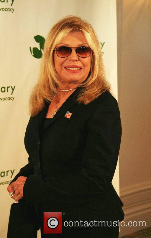 Nancy Sinatra Blames Final Wife For Dad Frank's Death