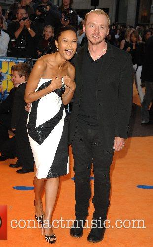 Simon Pegg and Thandie Newton 8