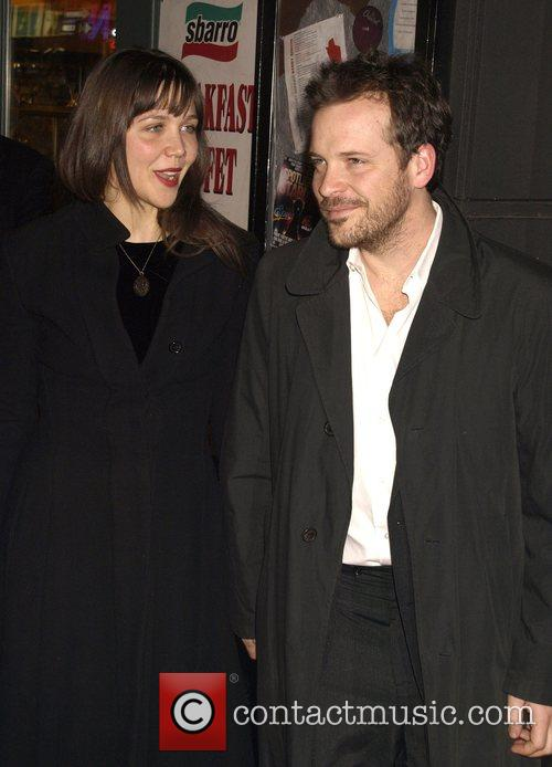 Maggie Gyllenhaal and Peter Saarsgard 1
