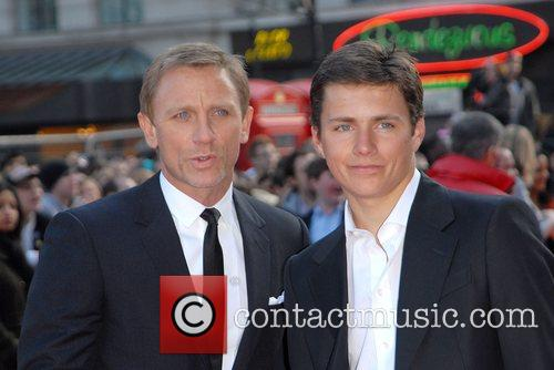 Daniel Craig and Harry Eden 1
