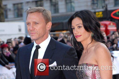 Daniel Craig and Satsuki Mitchell 10