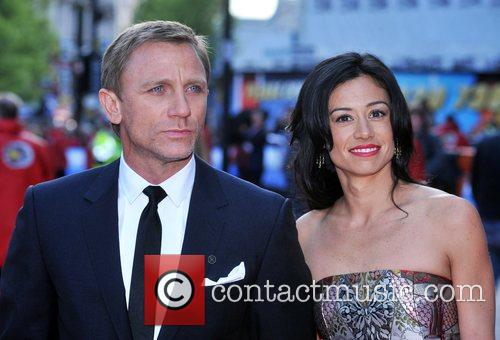 Daniel Craig and Satsuki Mitchell 8