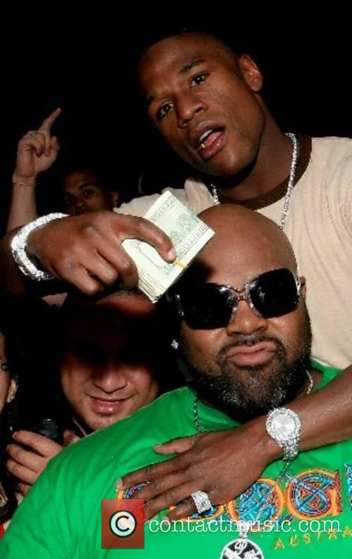 Suge Knight and Undefeated pro boxer 'Pretty Boy'...