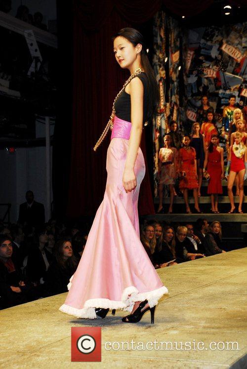 Seung-hyun Kang from Korea Ford Models present Supermodel...