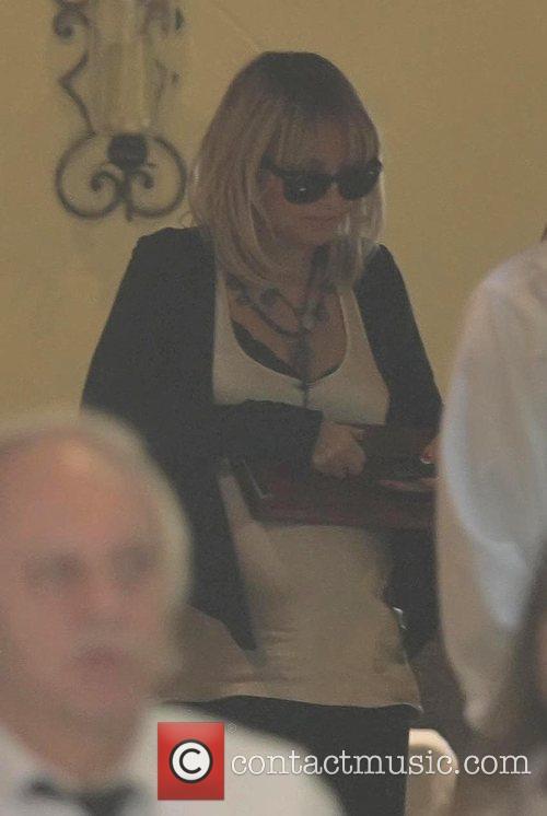 Nicole Richie  enjoying lunch at Forte restaurant...