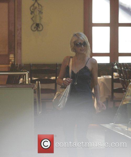 Paris Hilton enjoying lunch at Forte restaurant in...