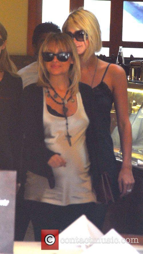Paris Hilton, Nicole Richie  leaving Forte restaurant...
