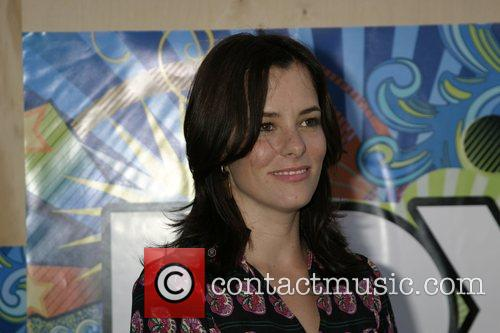 Parker Posey 4