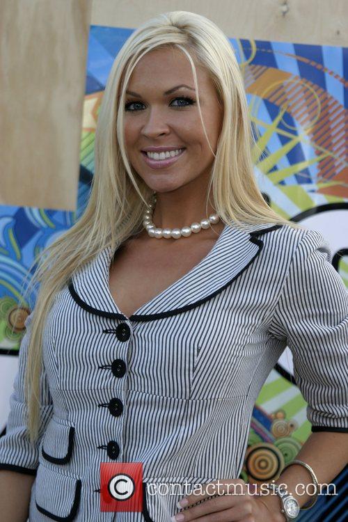 Lauren Jones 3