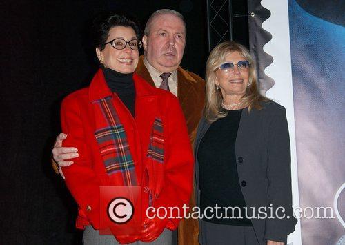 Tina Sinatra, Frank Sinatra and Nancy Sinatra 1