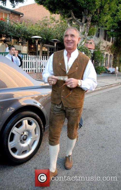 Frederic Prinz von Anhalt outside the Ivy Restaurant