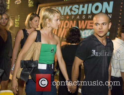 Mena Suvari and Her Boyfriend Simone Sestito 9