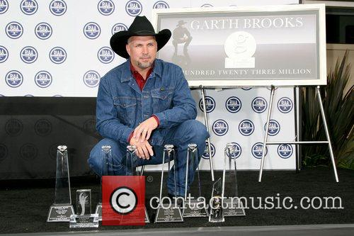 Garth Brooks 34