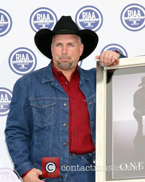 Garth Brooks 17