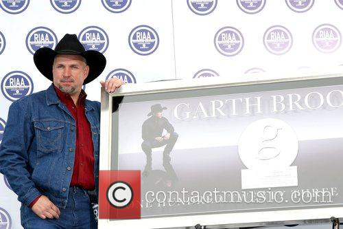 Garth Brooks 23
