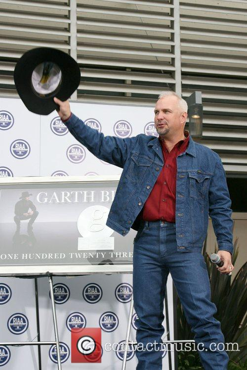 Garth Brooks 13