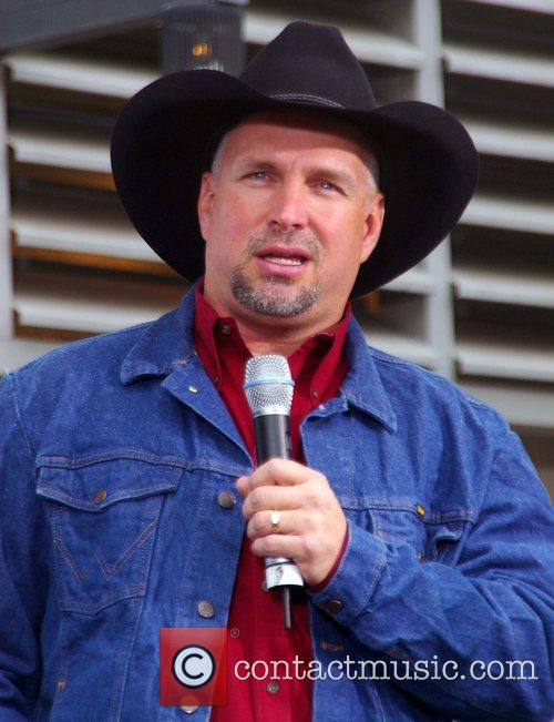 Garth Brooks 43