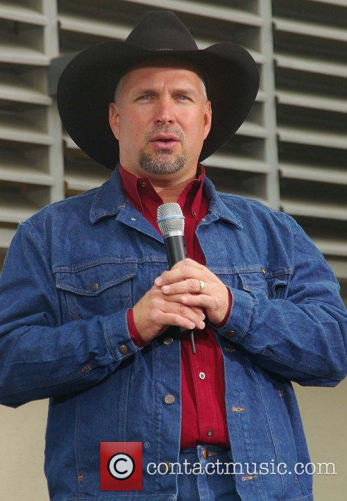 Garth Brooks 42
