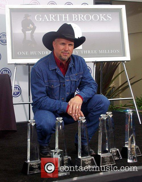 Garth Brooks 49