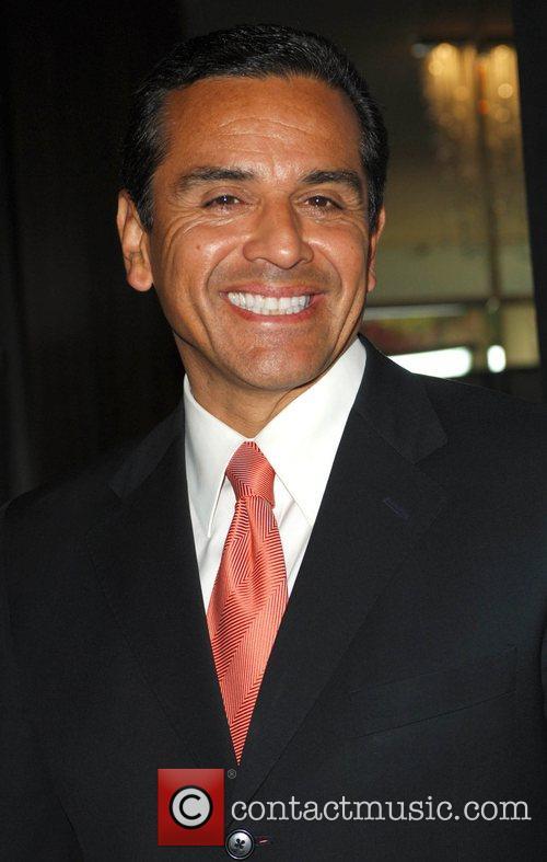 Antonio Villaragosa and Genesis 2