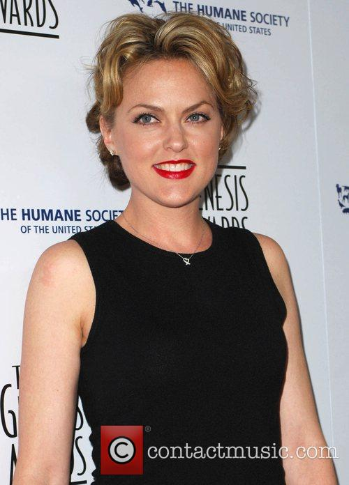 Elaine Hendrix and Genesis 2