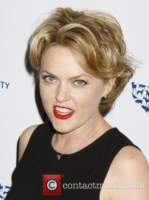 Elaine Hendrix and Genesis 1