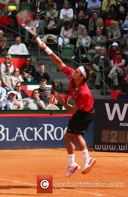 Roger Federer in his match against Carlos Moya...