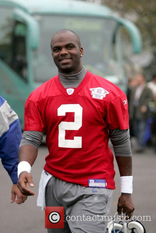 Anthony Wright New York Giants train at the...