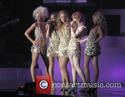 Girls Aloud, Nadine Coyle, Nicola Roberts and Sarah Harding 4
