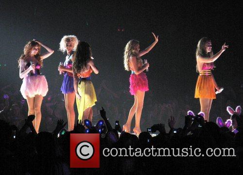 Girls Aloud, Nadine Coyle, Nicola Roberts and Sarah Harding 10