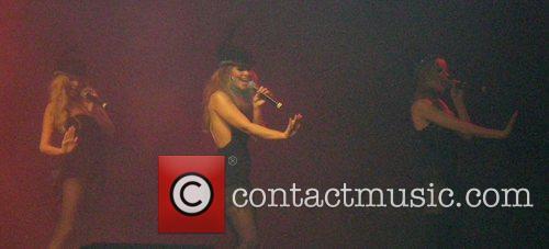 Nadine Coyle, Girls Aloud, Kimberley Walsh and Nicola Roberts 3