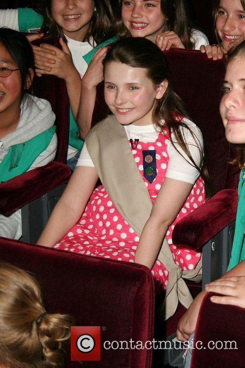 Abigail Breslin inducted into the Girl Scouts of...