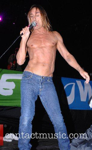 Performing at the 2007 Glastonbury Festival at Worthy...
